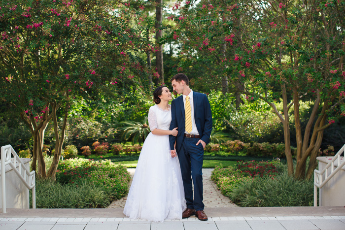 houston, wedding, photography, photographer, kelli nicole photography, temple, lds, bride, groom, color, looking at each other