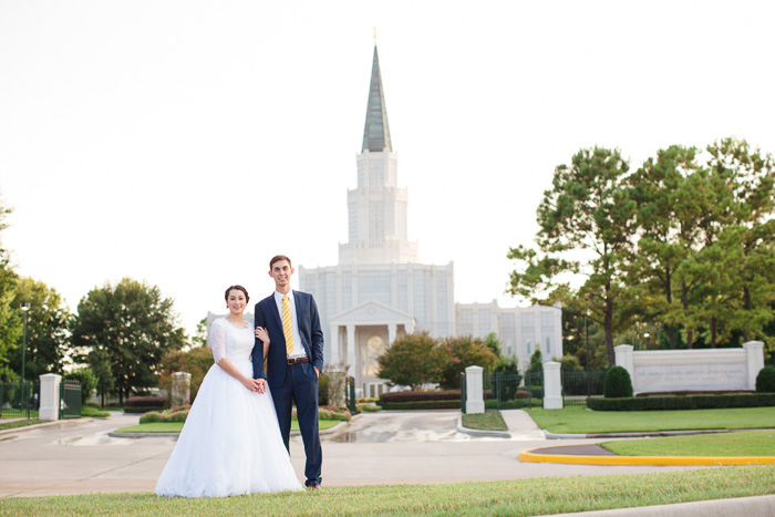 houston, wedding, photography, photographer, kelli nicole photography, temple, lds, bride, groom, color