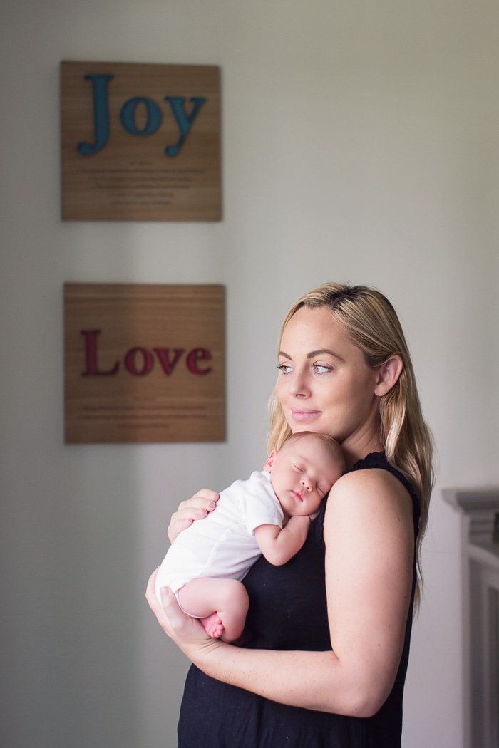 lifestyle, newborn, photography, session, photo shoot, houston, texas, kelli nicole photography, baby boy, nursery, mom, family