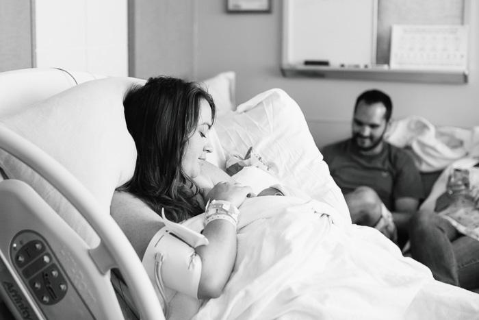 houston birth photographer, houston birth photography, birth, houston, photographer, kelli nicole photography, hospital birth, black and white