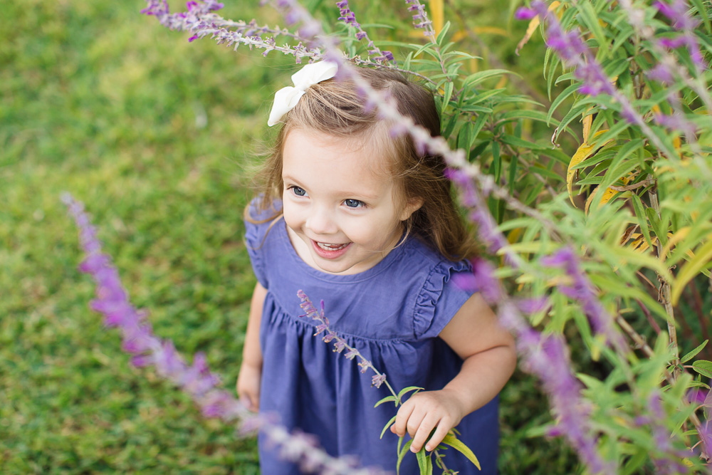 houston family photographer, houston family photography, helen's park, helen's park houston, kelli nicole photography, family of three, family of 3, beautiful family, houston family, toddler, beautiful girl, purple dress, maternity, maternity photographer, houston maternity photographer